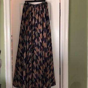 Dresses & Skirts - Tribal Print Maxi Skirt
